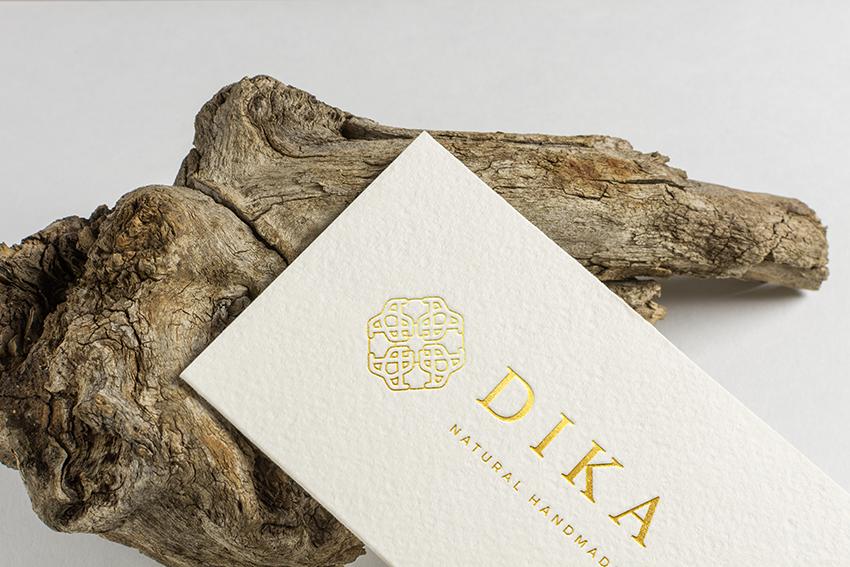 gold foil embossed logo on matte business cards